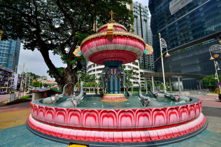 water-fountain-brickfields-kuala-lumpur-follows-similar-concept-pavillion-s-crystal-has-several-different-60361158
